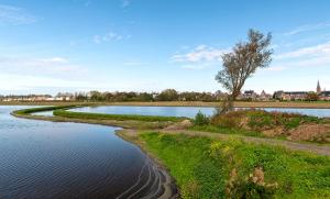 """2021 jan - Onderwerp """"Een mooi najaar in Hillegom""""  Fotograaf: Harry Prins. Titel van foto: """"Hillegom vanaf de Veenenburgerlaan"""""""